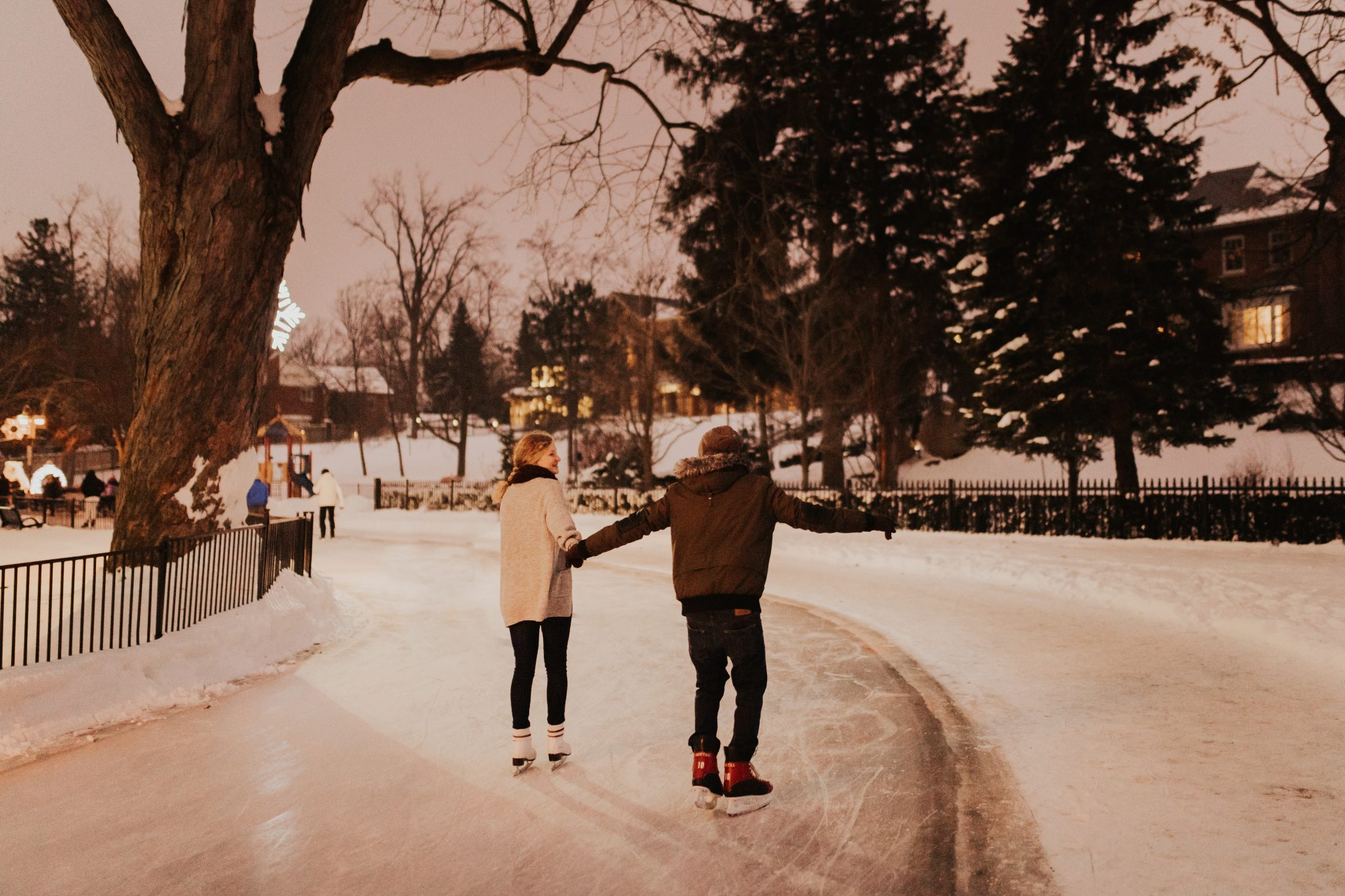 outdoor skating rink Toronto