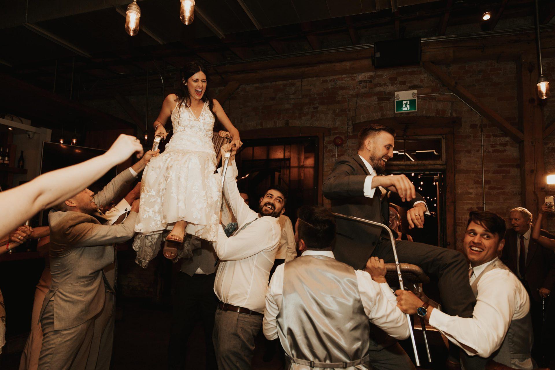 horah wedding dance