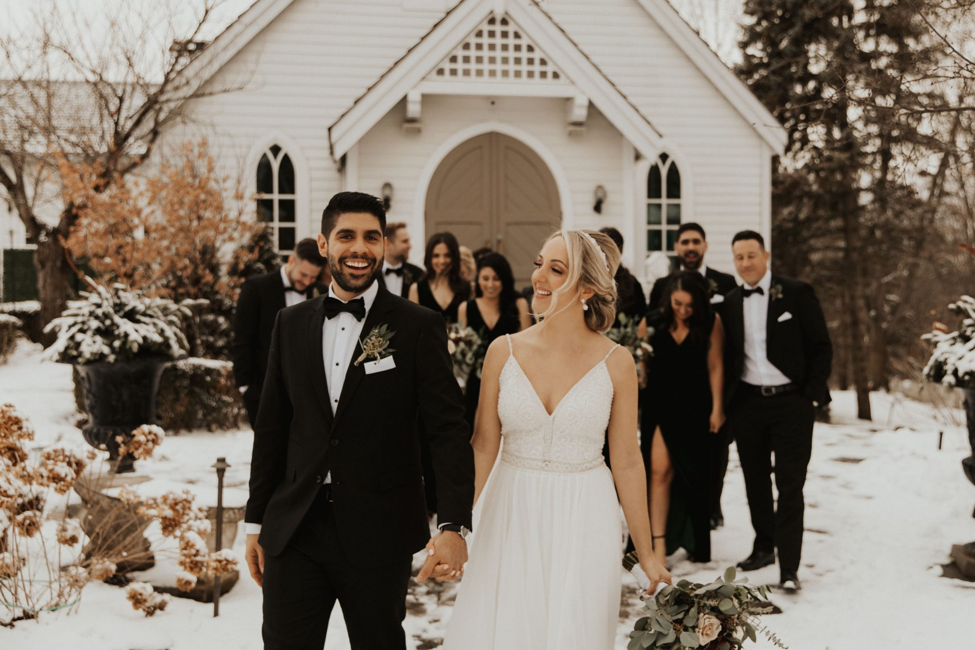 doctors house winter wedding