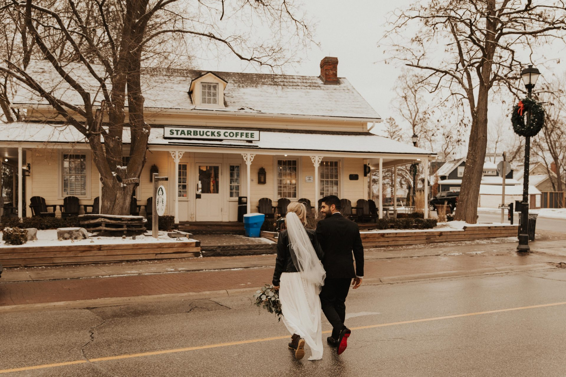 doctors house kleinburg wedding photos