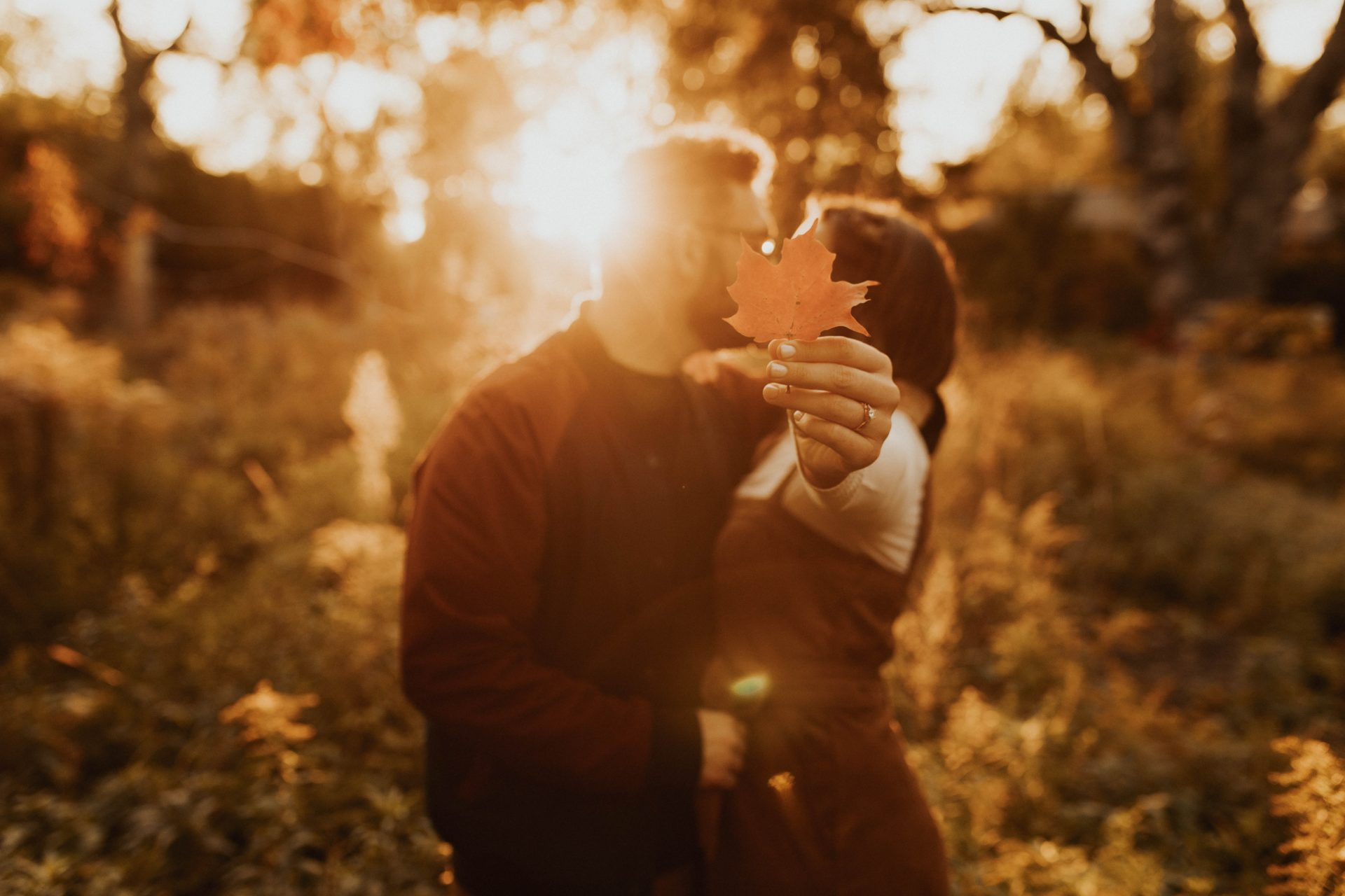 fall engagement photos toronto