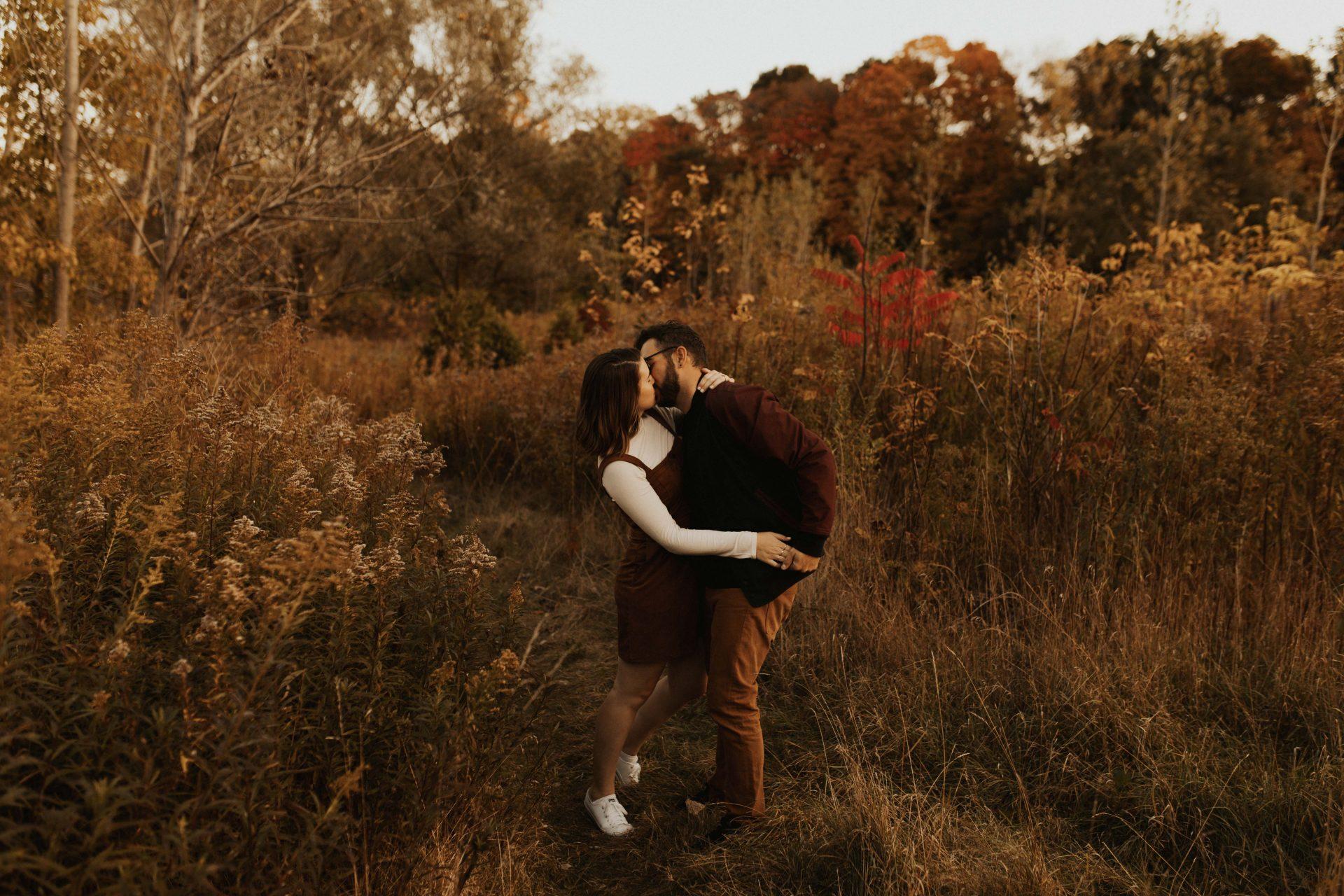 fall engagement photos toronto