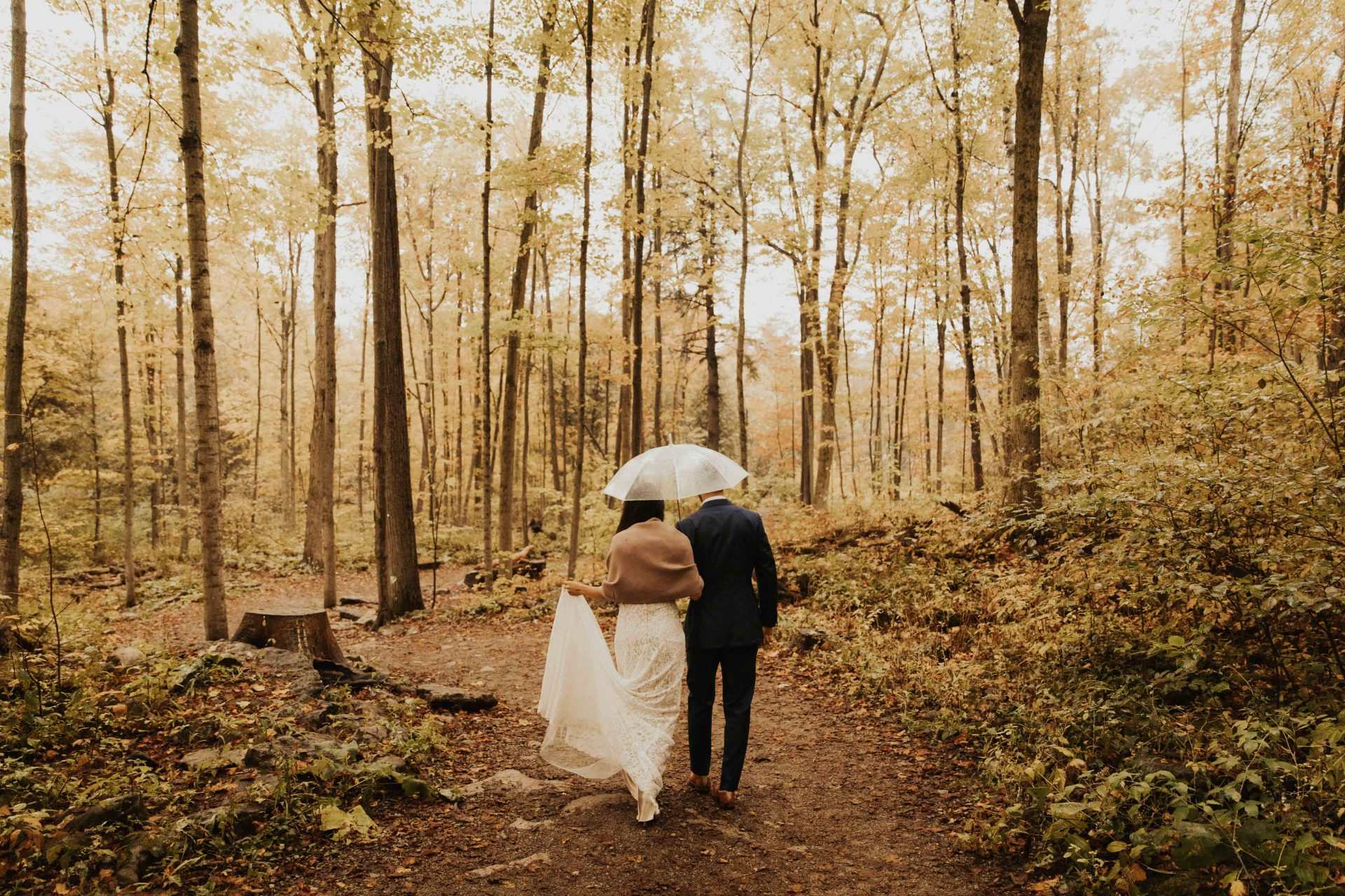 Crawford Lake wedding photos